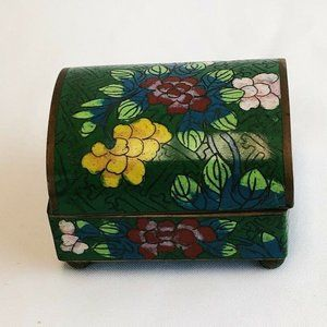 Chinese Vintage Green Cloisonné Small Domed Box